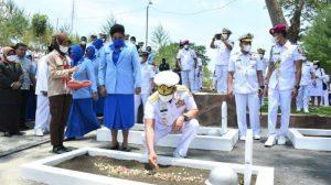 Jelang HUT TNI Ke-76, KSAL Pimpin Ziarah Serentak di 5 Taman Makam Pahlawan